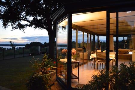 Chez Palicodia - Chambre Rose - Bourg