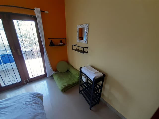 DOUBLE DELUXE ROOM WITH GARDEN FACING BALCONY
