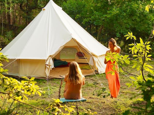 Bell tent - NaturViana naturismo