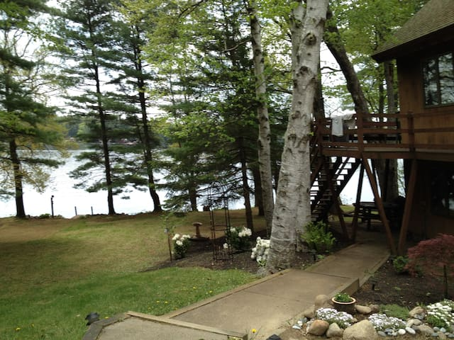 Great East Lake home on the lake - Acton - Bed & Breakfast