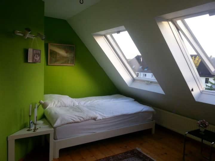 Schönes Zimmer mit Komfort