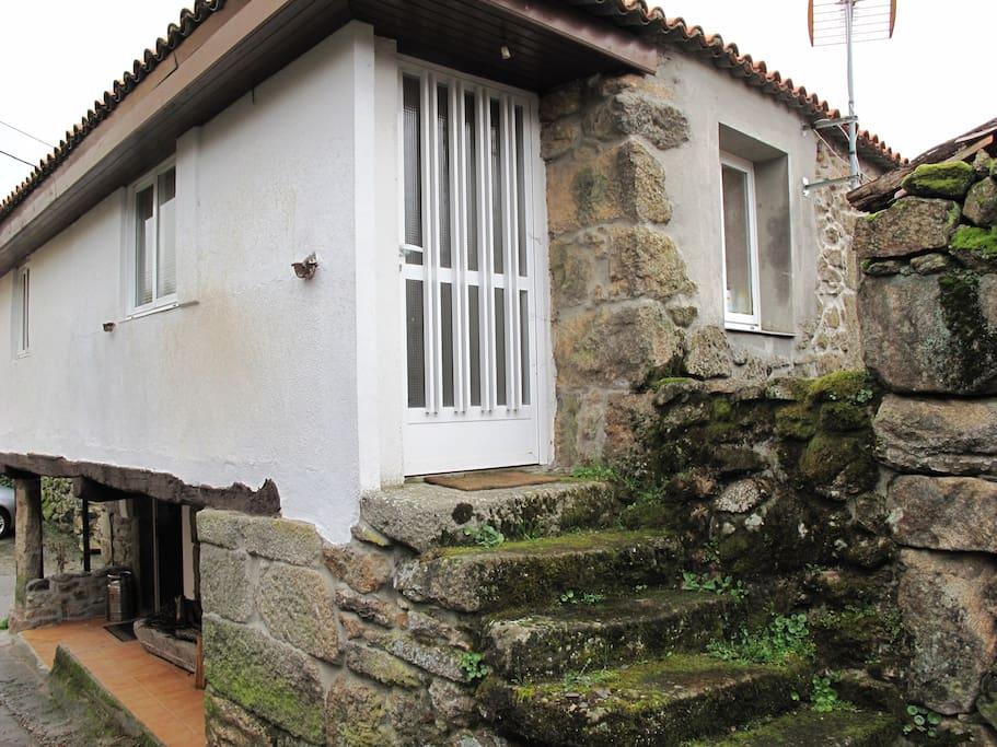 Casa de piedra en reserva natural casas para alugar em - Casas de piedra galicia ...