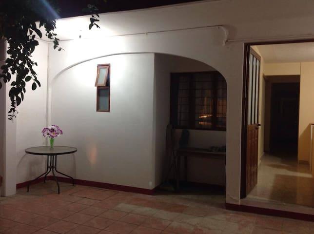 Private Room near to the Center - Oaxaca - Rumah