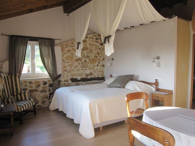 Zimmer in Bauernhaus nähe Strände - Beranga - Bed & Breakfast