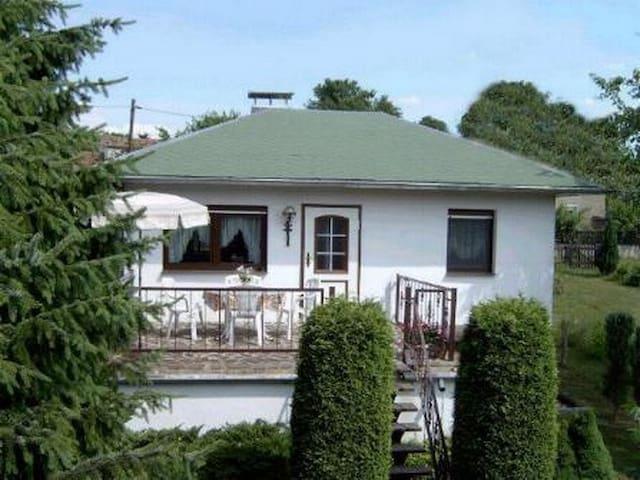 Ferienhaus am Waldesrand - Belgern - บ้าน