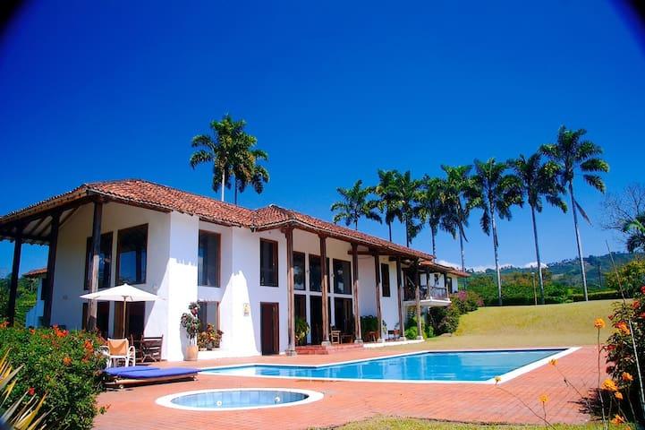 Hacienda el Sedan, Beautiful coffee growing Estate
