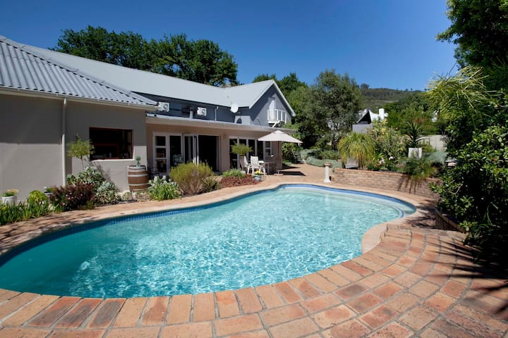 Cape Valley Manor Guesthouse - Paarl - Bed & Breakfast