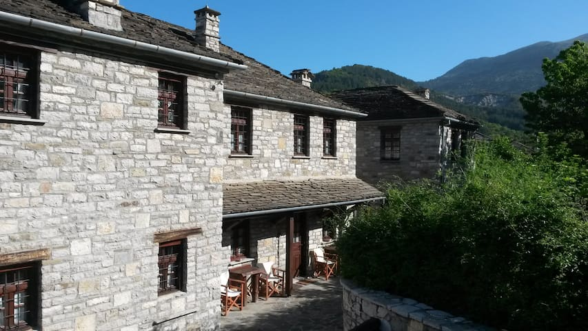 5korfes - Cottage in the mountains - Papingo - Huis