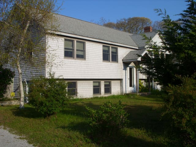 Walk to Lagoon! - Oak Bluffs - Apartamento
