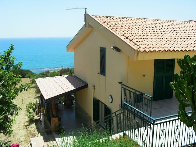 Villa il Carrubo - Licata - Vila