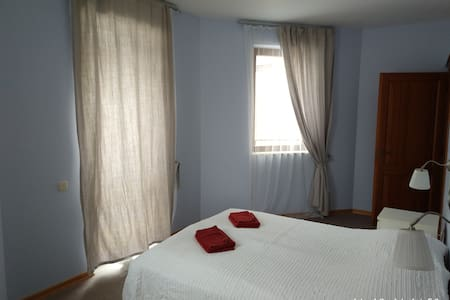 Separate room in big appatrment for rent - Krasnaya Polyana - Apartemen