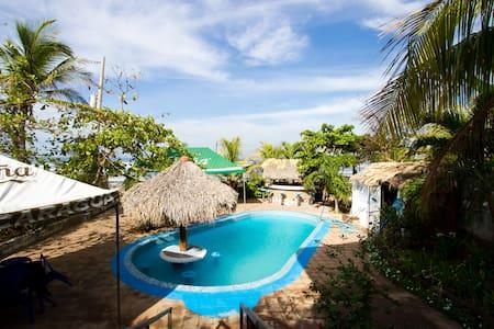 Casa Del TiTiTo,Pochomil,Nicaragua  - El Crucero