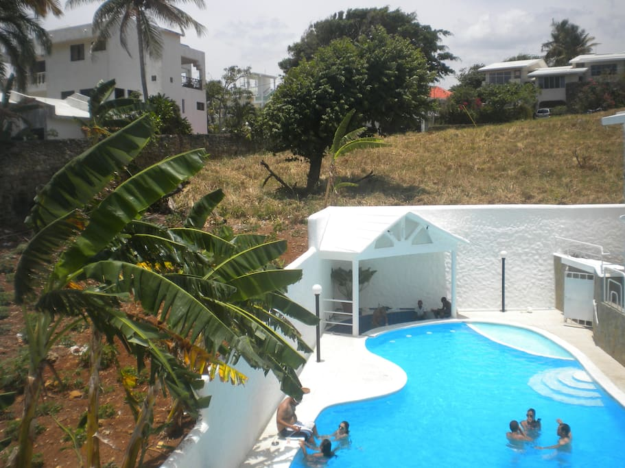 Outside/private swimming pool