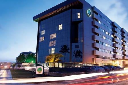 Flat em hotel beira mar Maceió - Maceió - 公寓