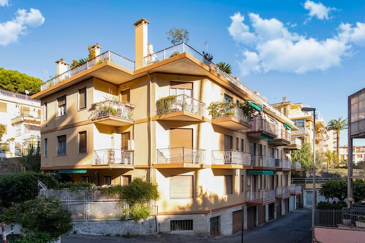 Pleasant Apartment in Sanremo with Balcony