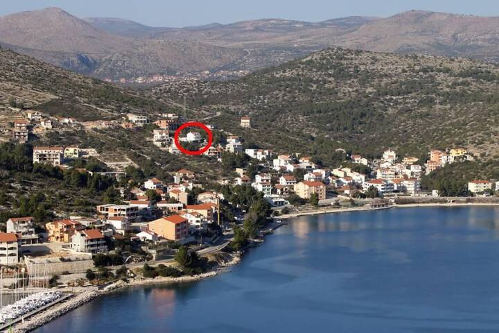 Two bedroom apartment with terrace and sea view Marina, Trogir (A-6014-b) - Marina - Appartement