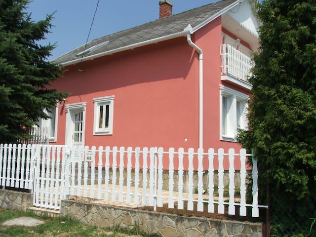 Zétény Vendégház Vonyarcvashegyen - Vonyarcvashegy - Rumah Tamu
