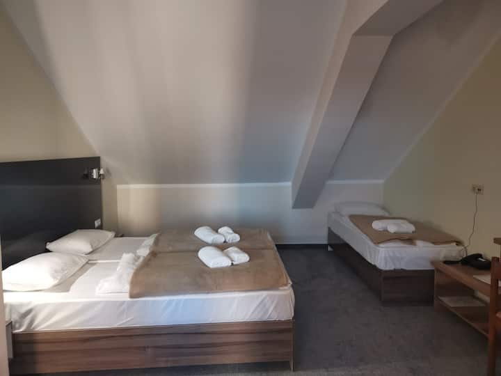 Hotel Jaska - Triple Room