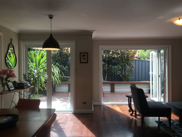 The Thirroul Townie - Thirroul - Townhouse