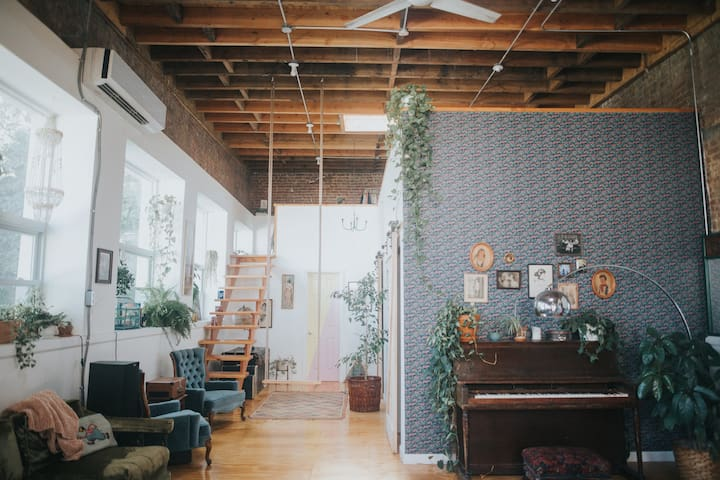 Tropical Getaway in Brooklyn at The Funky Loft