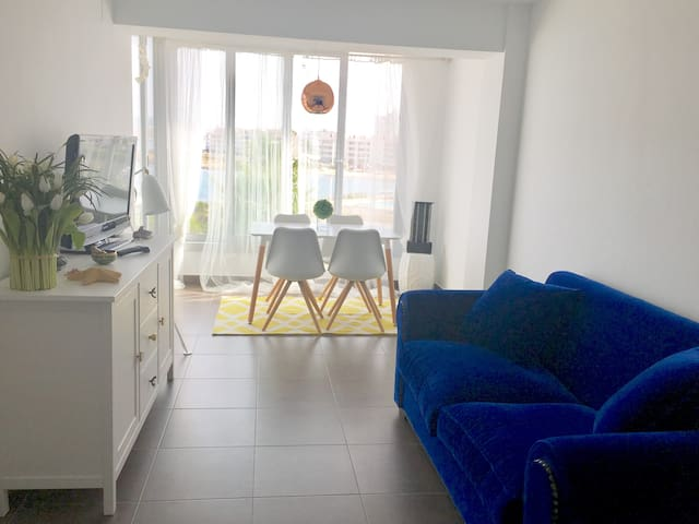 Brand-new Beach Front Apartment with sunset