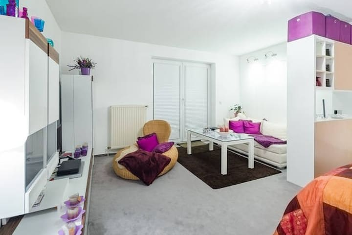 Ahoi! Hamburg-Centrum in 15 Minuten - Pinneberg - Appartement