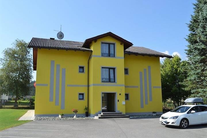Bel appartement à Sankt Primus près des pistes
