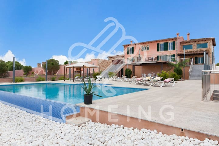 Holiday Villa LUX MUNTANYA, 10 people