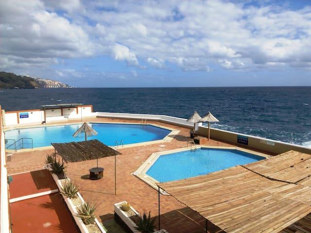 Apartamento duplex  junto al Mar - Candelaria - Byt