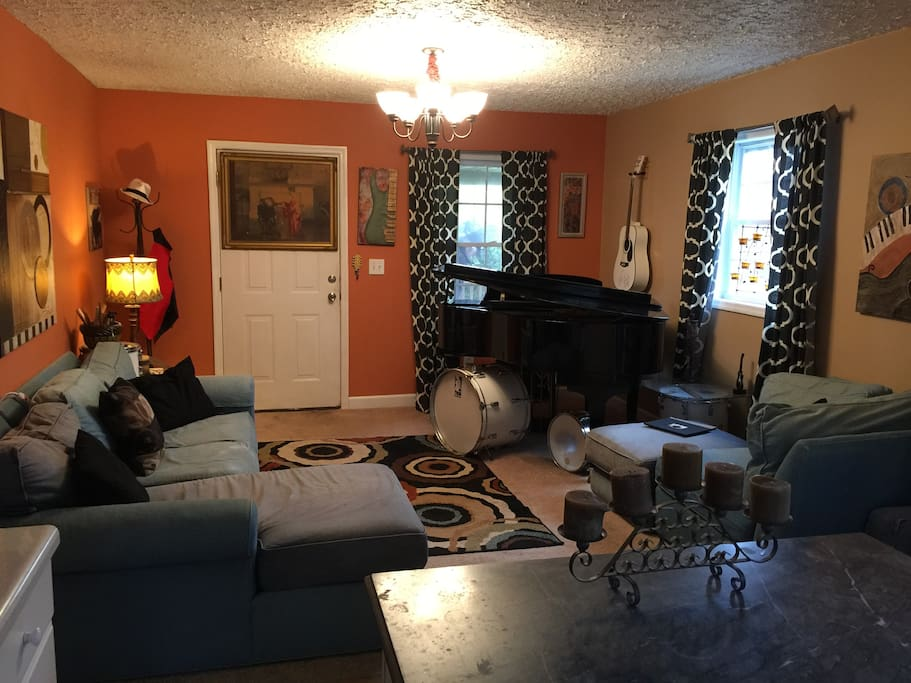 Great room with Baby Grand Piano