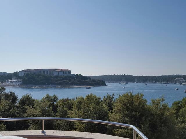 Seafront Villa Apartments
