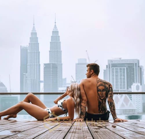 Z Sharing room1 |COOL Twin Tower View Pool Regalia
