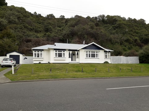 Kaikoura Post-Master's House
