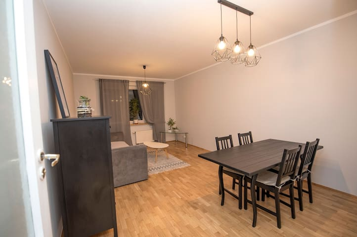 2-room apartment near Wroclaw Airport!