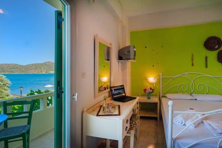 christina rooms elounda crete - Schisma Elountas - Bed & Breakfast