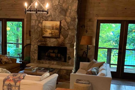 Caney Hills River House Retreat