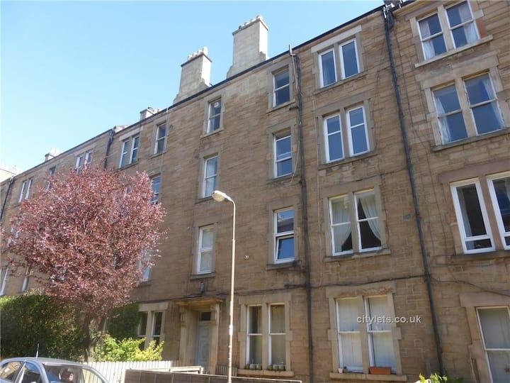 Tollcross Edinburgh Apartment