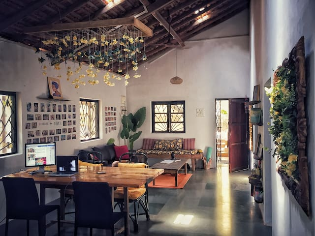 The Treehouse in the heART of Anjuna