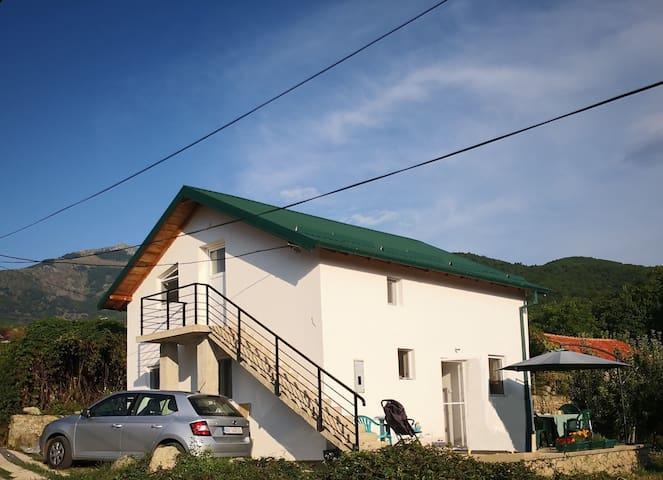 Villa Lilla - experience the unspoiled nature