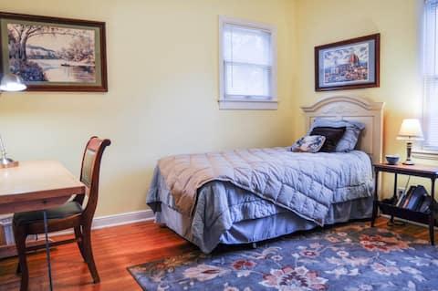 Inviting, single bedroom .