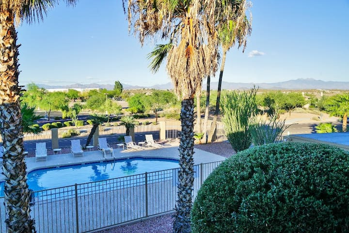 2BR Fountain Hills Condo w/Comm Pool & Mtn Views
