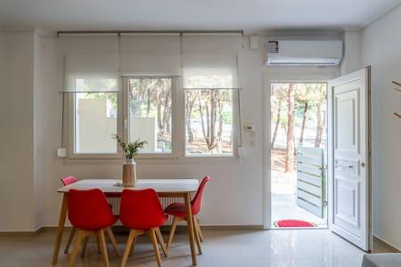Neapolis Apartment