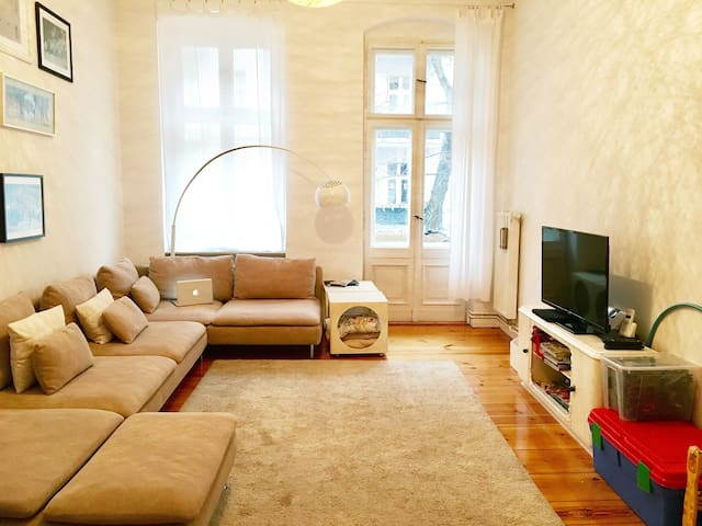 Charming Berlin Style Flat with all you need - Berlin - Apartemen