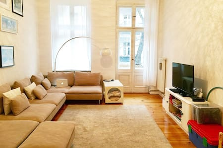 Charming Berlin Style Flat with all you need - Berlin - Apartment