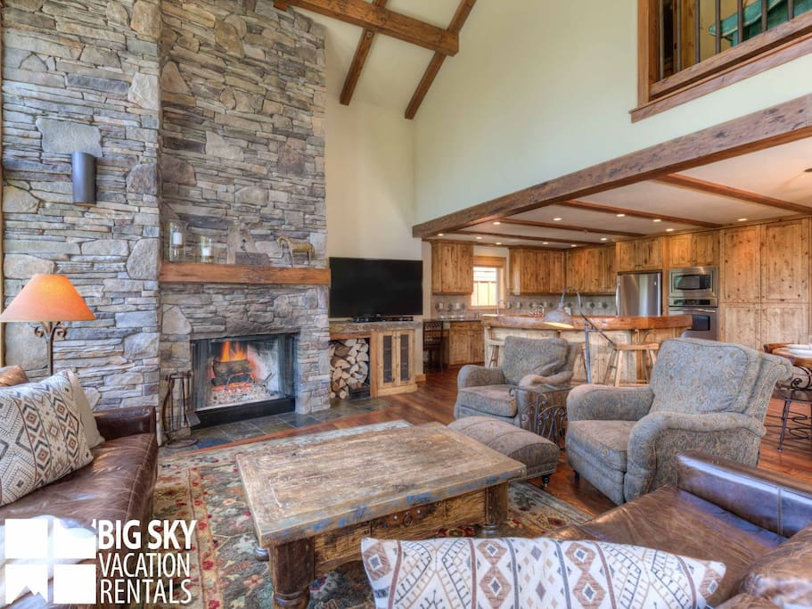 Big Sky Resort, Black Eagle Lodge 10, Living, 2