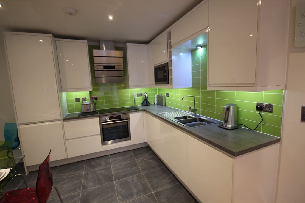 We have a number of apartments in St Giles Court, and the photos here are an example of the standard, and furnishings.