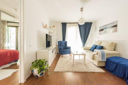 Precioso piso muy bien comunicado - Las Rozas - อพาร์ทเมนท์