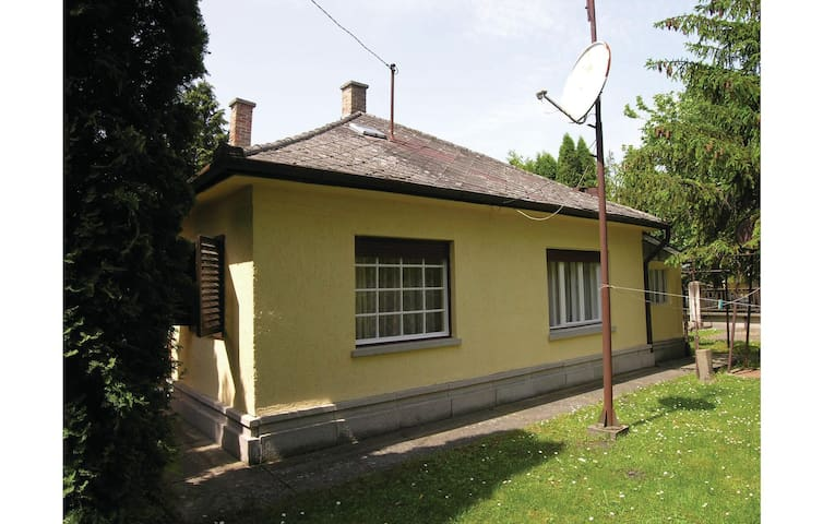 Holiday cottage with 3 bedrooms on 96m² in Balatonfenyves