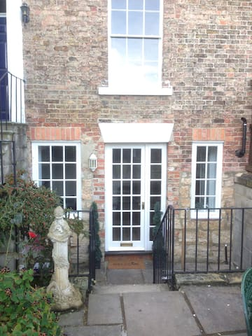 One bedroom Garden Flat - Ripon - Flat
