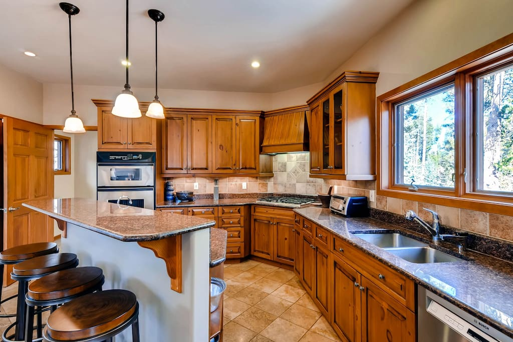 Spacious Kitchen with all appliances and lots of work space